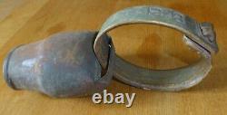 Ancient Bell Ringing Goat Collar Monoigrammé Wood