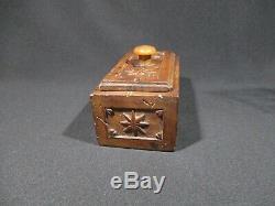 Ancient Wedding Box XVIII Eme Siecle Wood Carving Monoxyle Popular Art