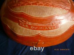 Art Of The Bagnedemi-engraved Bagned-calabasse Representing The Island Of The Devil, Dated 1914