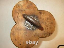 Art Popular Old Salt/seed/toolbox. Queyras