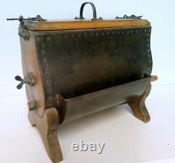 Barat A Butter Wood And Metal Ancien Art Populaire