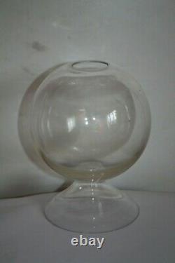 Beautiful Magnifier Dentelliere Glass Breath Subject Popular Art