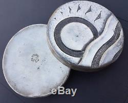 Box Art Deco Tin Signed René Delavan