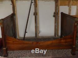 Empire Walnut Boat Bed