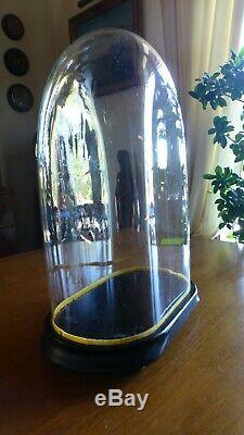 Globe Wedding Nineteenth Napoleon III Blown Glass Base Blackened Wood Pendulum Statue