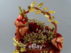 Imposing Globe Bride Wears Crown Curiosity Cabinet 19 Thc