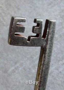 Key High Era, (xvi) In Very Good Condition, French Renaissance Key