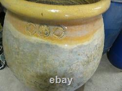 Large Jarre In Terracotta Vase For Garden