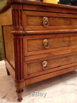 Master Of Walnut Master Of The End Of The Eighteenth Century