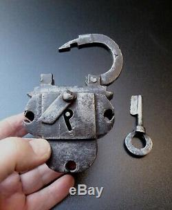 Nuremberg 17th Century Padlock, Key, Good Condition, Chest Padlock, Nuremberg 17thc