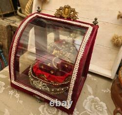 Old Bridal Globe