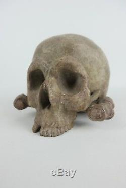 Old Crne Wood Polychrome Erose Xixth Antik Handmade Wooden Skull