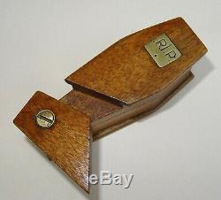 Rare System Snuff Shaped Coffin Rest In Peace Snuf Box