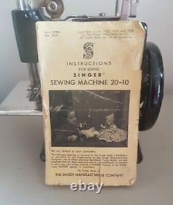 Small Singer Sewing Machine Cast Iron Toy