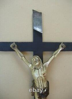 Stunning And Rare Large Large Wooden Crucifix Carved In Late 18th / Early XIX S