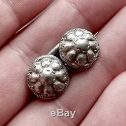 Sublime And Rare Pair Of Silver Button Cape Of Sixteenth Century