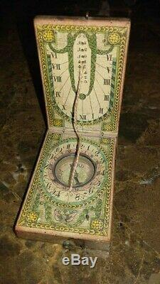 Sundial Diptyque Pocket Wood XVIII With Compass