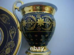 Tass And Its Soucoupe In Porcelaine Of Bleue Paris And Or 19th Century
