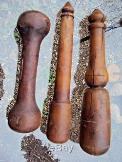 Three Beautiful Pilons In Wood Art- Popular 19th
