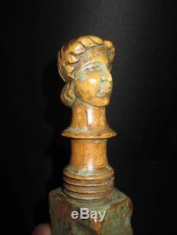 Ancien montant de charrette sicilienne en bois sculpté XVIII ème