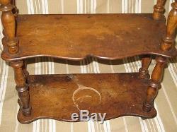 Ancienne petite étagère en bois à suspendre