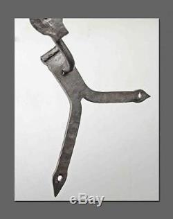 Beau coq girouette à silhouette en fer forgé 19ème