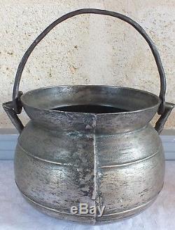 Chaudron marmite bronze fin 17ème début 18ème cauldron