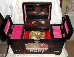Coiffeuse +boite A Bijoux Miroirs Musique Avec Tiroirs En Bois Laque Chine 1920
