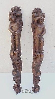 Deux belles atlantes XVIIIe en bois sculpté, époque Louis XV